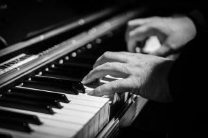 mani di pianista